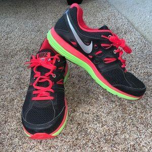 Women's Nike Dual Fusionlite Sneaker